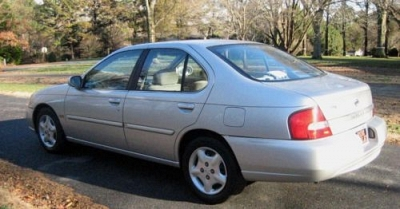 Photo 2001 Nissan Altima GXE Limited Edition, Silver, Auto VGC