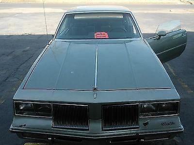Photo 1985 Oldsmobile Cutlass Supreme Base Coupe 2-Door 3.8L
