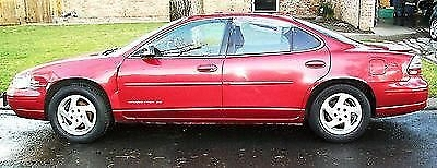 Photo 1998 Pontiac Grand Prix SE 4 Door Red Color