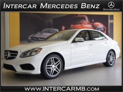 Photo 2014 Mercedes Benz E350 4Matic 2,174 MILES w Factory Warranty