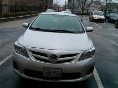 Photo Toyota Corolla LE 2011 - 16,400 miles only
