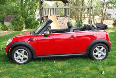 Photo 2009 MINI COOPER CONVERTIBLE AUTOMATIC RED 12K MILES 1 OWNER GARAGED