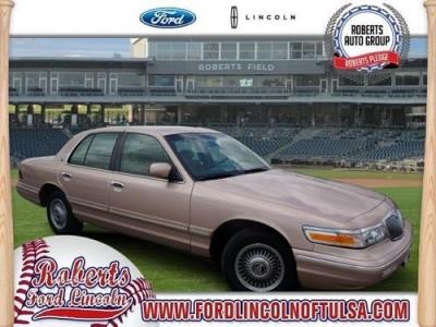 Photo 1996 Mercury Grand Marquis 4D Sedan GS