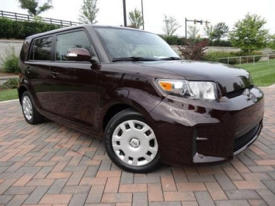 Photo 2012 Scion xB 4 Dr Hatchback