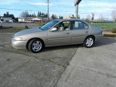 Photo 2000 Nissan Altima GXE with 3mo3000 Mile warranty at asking price