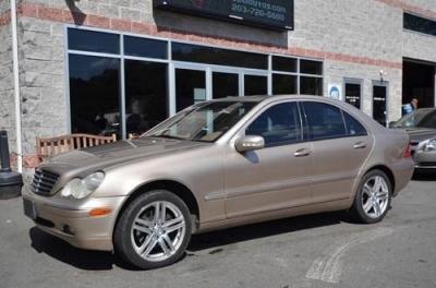 Photo 2001 Mercedes-Benz C320 Sedan
