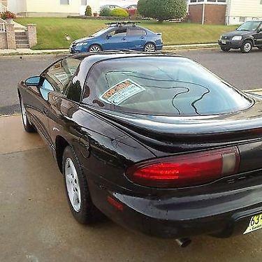 Photo 1997 Pontiac Firebird Base Coupe 2-Door 3.8L