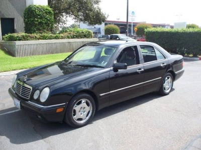 Photo 1997 MERCEDES BENZ E420 2 OWNERS SINCE NEW IMMACULATE CONDITION