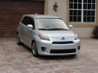 Photo 2008 Scion xD Toyota, excellent condition, low mileage, Clean Carfax