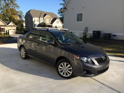 Photo Sporty 2010 Dark Grey Toyota Corolla LE 100k - GREAT Car, Great Cond.