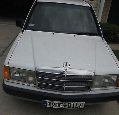 Photo 1989 Mercedes-Benz 190E