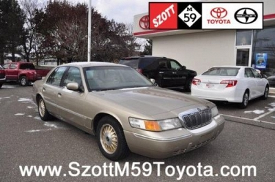 Photo 1999 Mercury Grand Marquis 4D Sedan LS