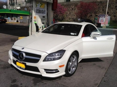 Photo 2014 MERCEDES CLS550 4MATIC MATTE WHITE RED INTERIOR LEASE cls63