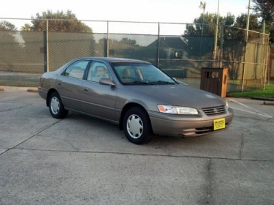 Photo 1 Owner 1999 Toyota Camry CE 5-Speed Sedan Extra Clean  Warranty