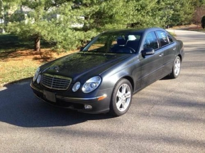 Photo 2004 Mercedes Benz E500 Gray 43K miles Fully loaded