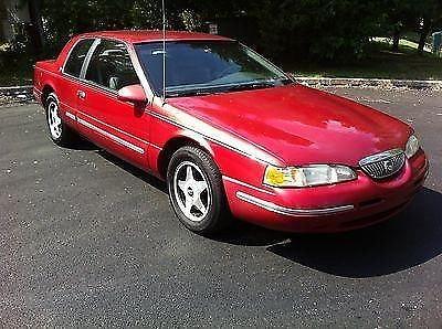 Photo 1996 Mercury Cougar XR-7 Sedan 2-Door 4.6L