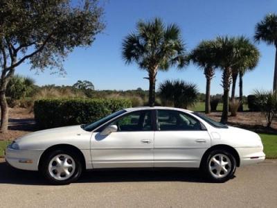 Photo 98 Oldsmobile Aurora - White -Auto - Low miles