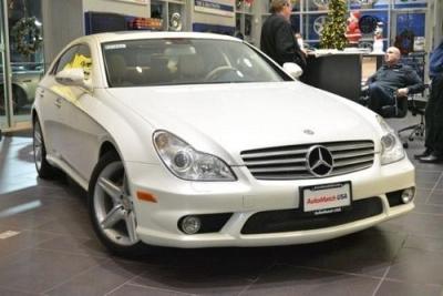 Photo 2008 Mercedes-Benz CLS550 5.5L Diamond White Editio wNavi,AMG Sport P