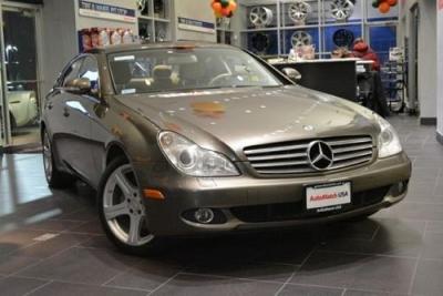 Photo 2007 Mercedes-Benz CLS550 5.5L wNavi, Htd  Cld Seats, HarmanKardon,