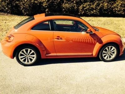 Photo 2013 VW Beetle TDI, 18,500 mi, red, manual trans, sunroof, one owner
