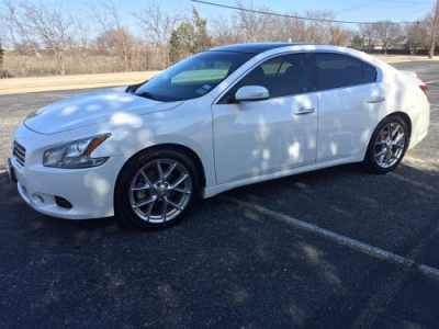 Photo 2011 Nissan Maxima SV Loaded Nav, DVD, Every package