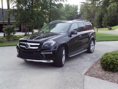 Photo 2013 Mercedes GL550 - 39k Miles.  Factory Warranty.  AWD