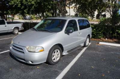 Photo 2002 Nissan Quest GLE SIlver Low Mileage TV LEATHER LOADED ICE COLD AC