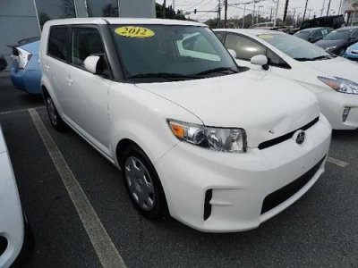 Photo 2012 Scion xB Wagon