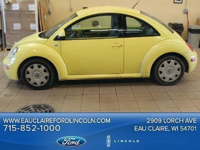 Photo 1999 Volkswagen New Beetle 2 Door Coupe