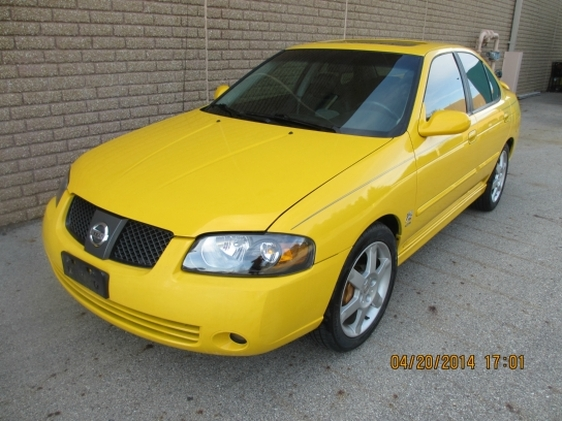 Photo 2004 Nissan Sentra SE-R Spec V