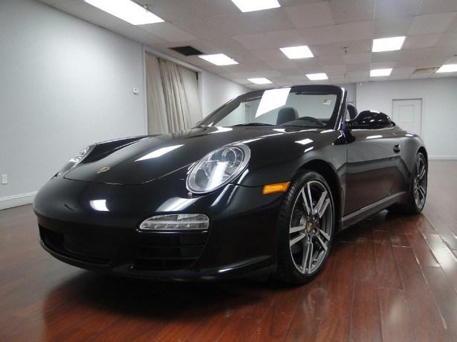 Photo 2012 Porsche 911 Black Edition Cabriolet