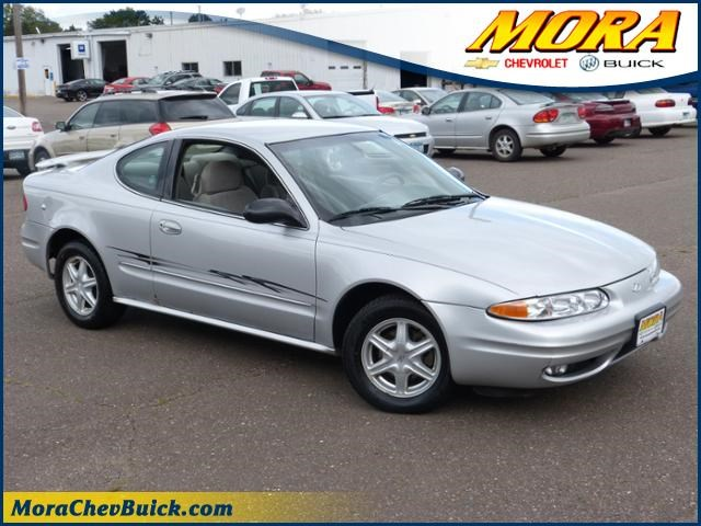 Photo 2003 Oldsmobile Alero GL Coupe