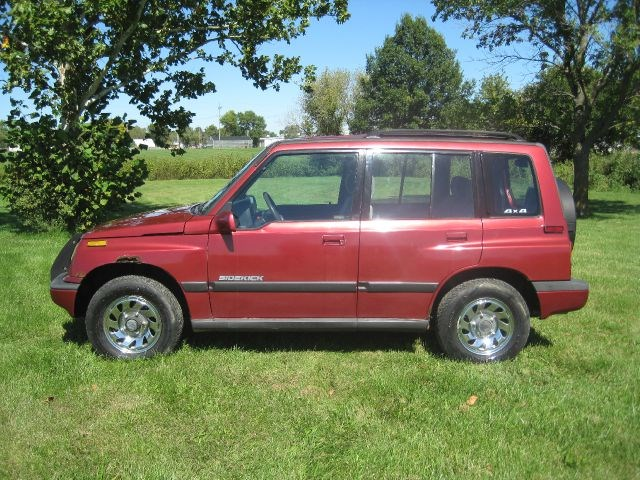 Photo 1994 Suzuki Sidekick 4WD 4-Door Hard Top