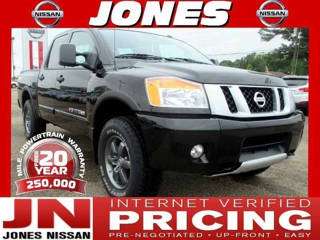 Photo 2014 Nissan Titan 4x4 Crew Cab