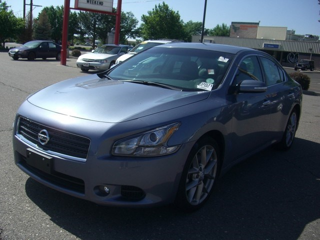 Photo 2011 Nissan Maxima 3.5 SV w Sport Package