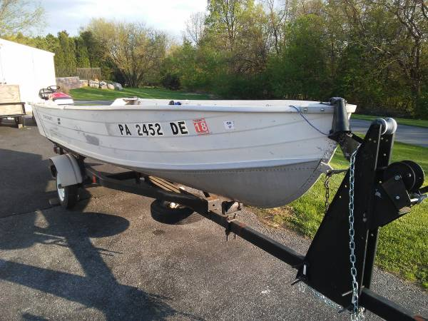 Photo 14 FT STARCRAFT BOAT - $1500 (OREFIELD)