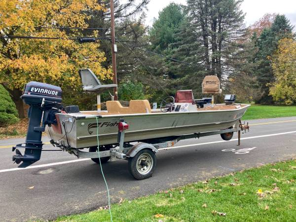 Photo 1983 Fisher 16 Fishing Boat-Fully Loaded 30HP Motor and 82LB Trolling - $5,865 (Breinigsville)