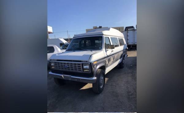 Photo 1991 Ford Motorhome Van with Handicap lift - $3,900 (Philadelphia)