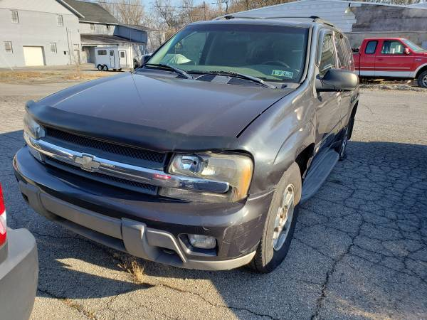 Photo 2003 Chevy Trailblazer - For Parts or Whole Vehicle - $500 (Easton, PA)