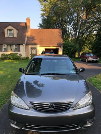 Photo 2006 Toyota Camry Rare 5 Speed with a New Clutch and Flywheel  - $2750 (Hatboro)