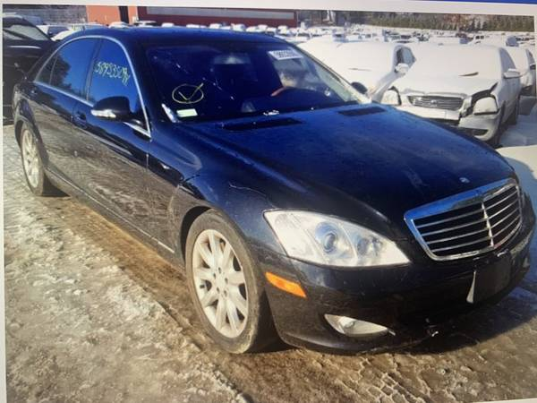 Photo 2008 MERCEDES-BENZ S550 W221 4Matic PARTING OUT 26 - $1 (WALNUTPORT)