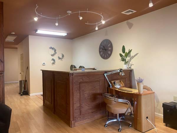 Photo Beauty Salon - $9,000 (Whitehall, PA)