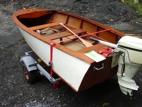 Photo CLASSIC Boat Motor Trailer - $1,350 (Perkiomenville Pa.)