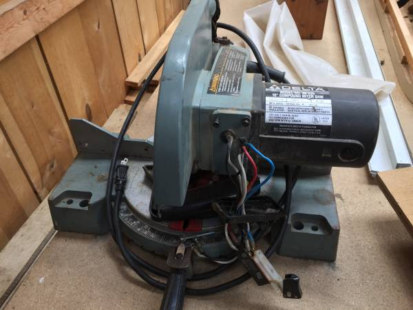 Photo Delta Miter saw (for parts) - $15 (Moore Township)