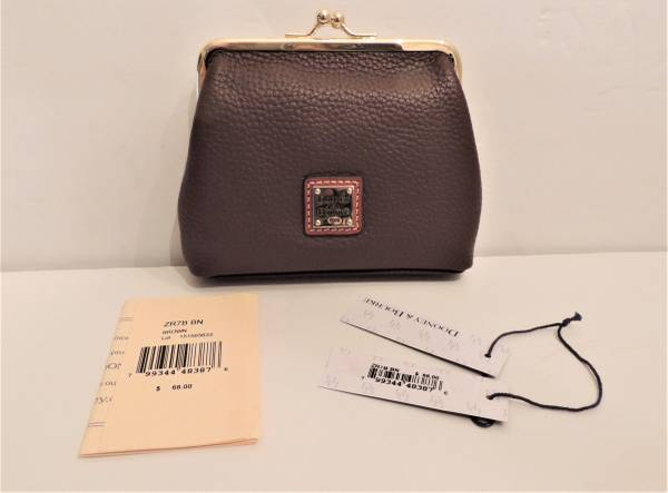 Photo Dooney  Bourke NEW wTags Leather Kiss Lock Coin Purse wCard Slots - $15 (Coopersburg)