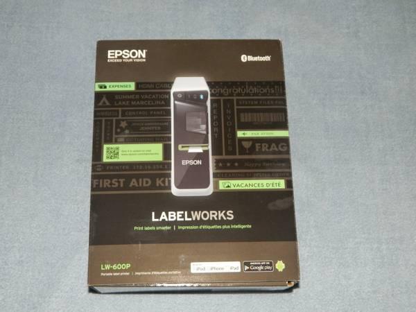 Photo Epson LabelWorks LW-600P Portable Label Printer - $80 (Breinigsville, PA)