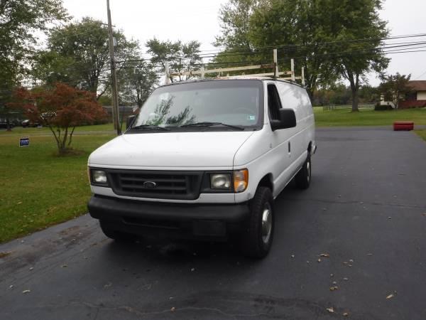 Photo Ford E350 Cargo Diesel Ext Van - $5,500 (Perkasie)