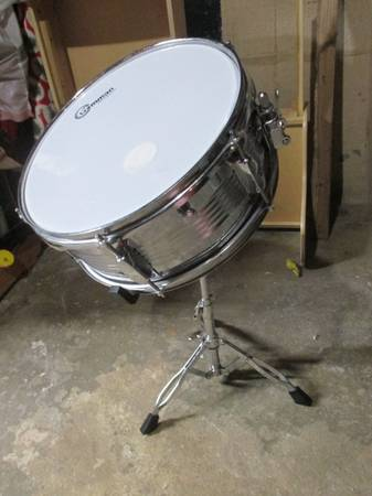 Photo Gammon drums - individually - snare, tom, bass - $40 (center valley)