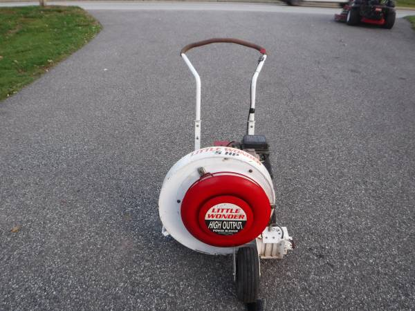 Photo LITTLE WONDER 5 HP  9 HP HIGH OUTPUT WAlK BEHIND LEAF BLOWERS (Lansdale)