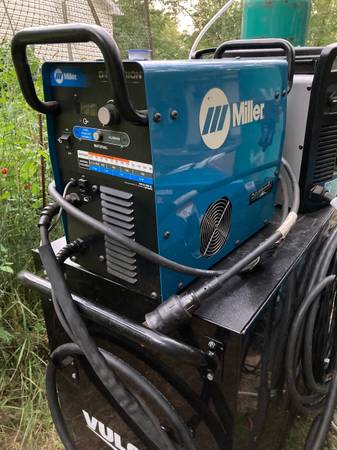 Photo Miller diversion 180 ac dc tig welder like new - $1,600 (Greeley)
